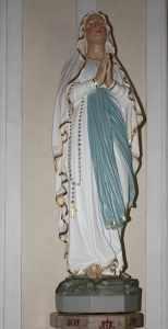Socha Panny Marie Lurdské na Cvilíně